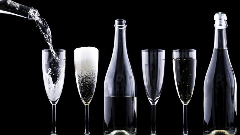 Champagner, Sekt und Prosecco ähneln sich zumindest äußerlich
