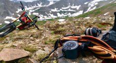 Mit E-Bikes kommt man ohne großes Trampeln auch bequem die Berge hinauf