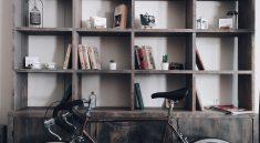 Regale können gezielt als Deko-Elemente und Hingucker in Räumen eingesetzt werden