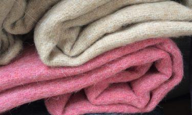 Wie wird eine Wolldecke hergestellt?