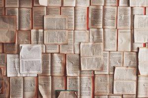 Mit Büchern kann man sein Allgemeinwissen verbessern