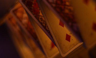 Woher stammt das Kartenlegen?