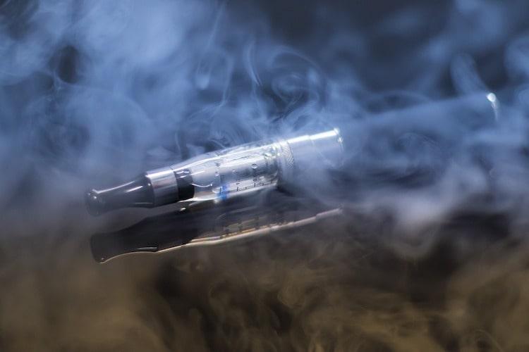 Wie eine E-Zigarette funktioniert erklärt